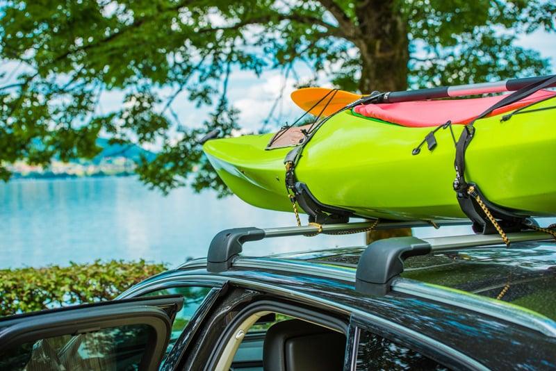 saddle style kayak mount on an suv or jeep
